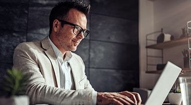 Zistite výhody ONLINE STUDIA MBA, ktoré plne nahradzuje klasické programy MBA.